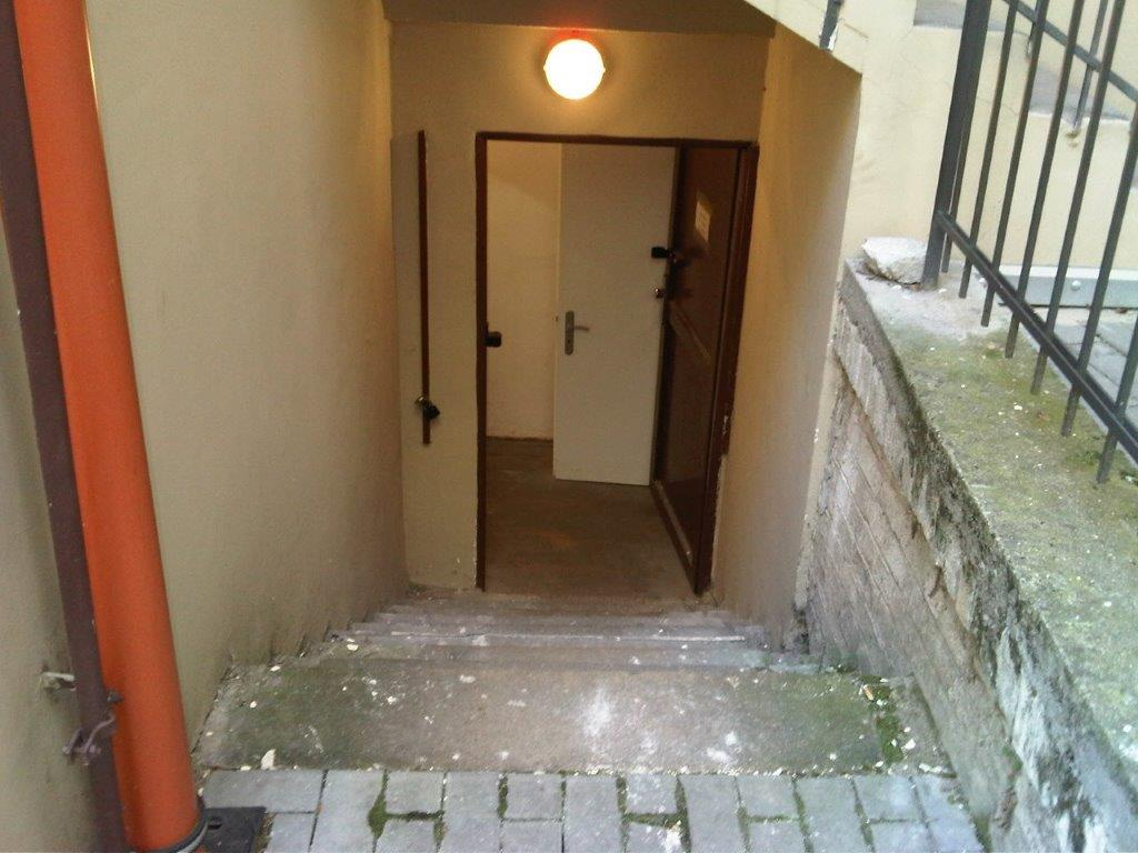 Skladové prostory na pronájem, Praha 2